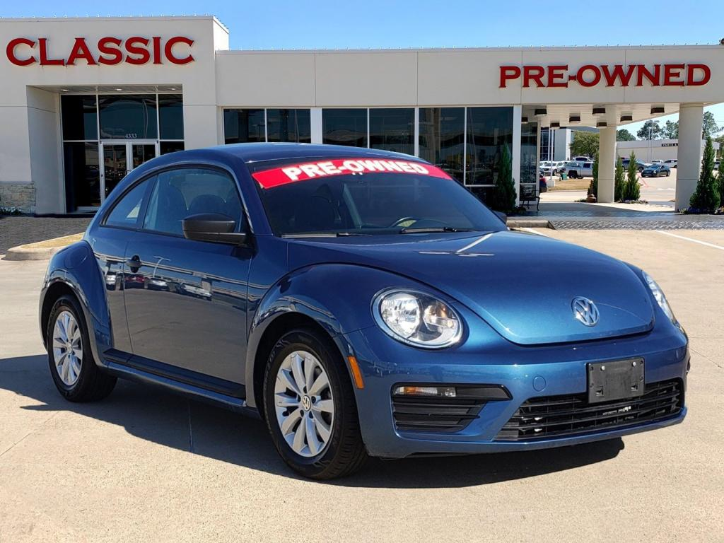 Pre-Owned 2018 Volkswagen Beetle Coast